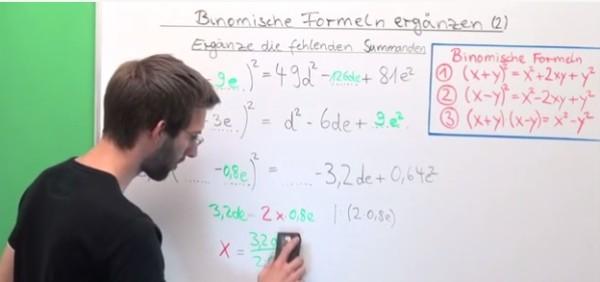 Arbeiten mit binomischen Formeln